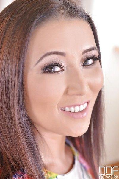 Cristine Akira Lee