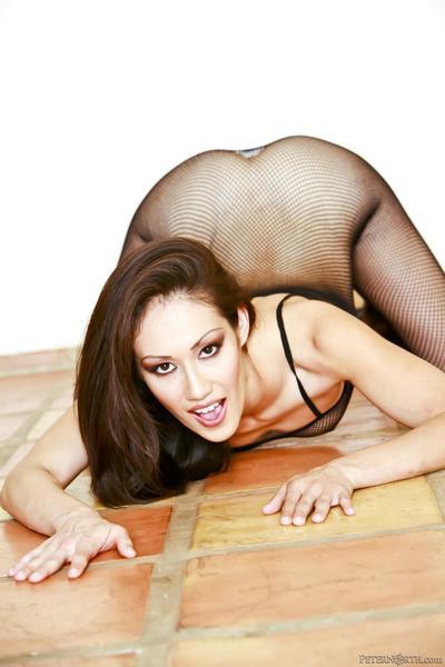 เอเชีย เจ้าหญิง cris taliana ต้องการ สีดำ ดิ๊ แล้ว เธอ นี่ เข้า interracial เซ็กส์