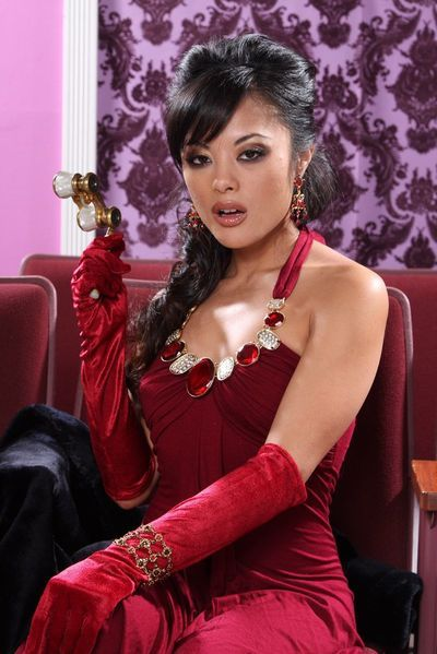 This is the luxurious Asian milf Kaylani Lei that is demonstrating all her beauty