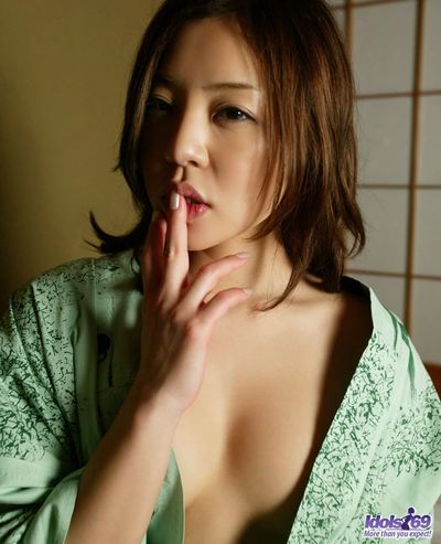 日本語 豪快 美 babe ゆい アイドル は 得 ヌード - & masturbating 彼女の 滑らかな 滑り