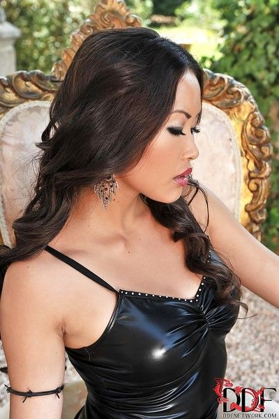 Stunning asian vixen on high heels uncovering her big jugs and juicy cunt
