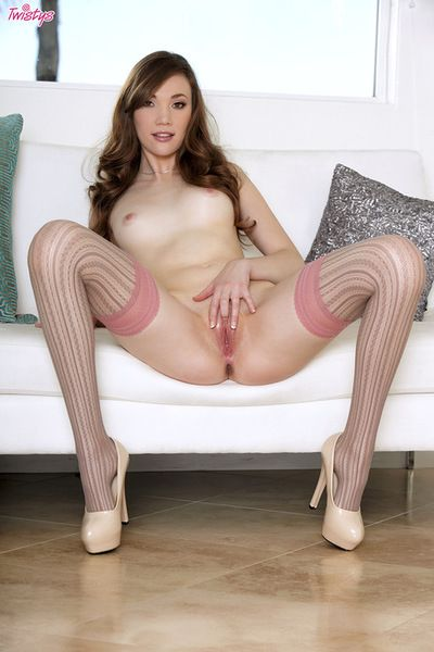 Joyous apples doll Aria Amor is amazingly sticky although this top solo session
