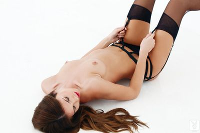Damp redhead amazes with her sensual moves whereas dom solo action