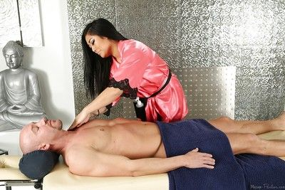 Tattooed Japanese masseuse Mei Li gives BJ in 69 position at the same time as twat eating