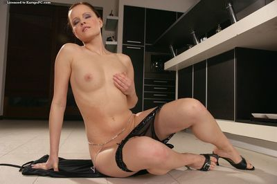 It makes this dark hair Monica Sweet feel real fun when showing the smooth head pussy