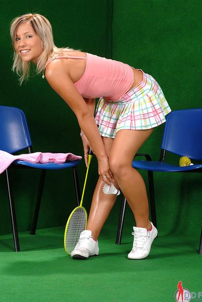 Sporty blonde likes to get naughty and tease with her sexy ass