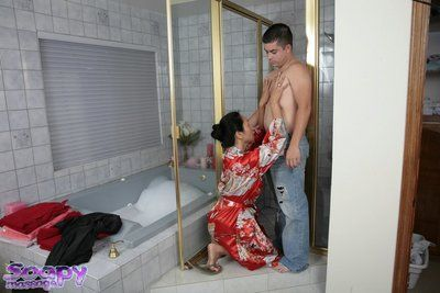 Sensitive Asian wet whore Kitty Langdon loves doing handjobs
