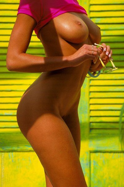 Half naked or naked, this luxurious girl Anita Blonde looks amazing on the beach
