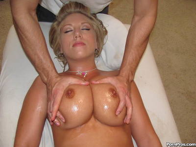 Busty girl with oiled body Heather Summers gets well pounded in the massage parlor