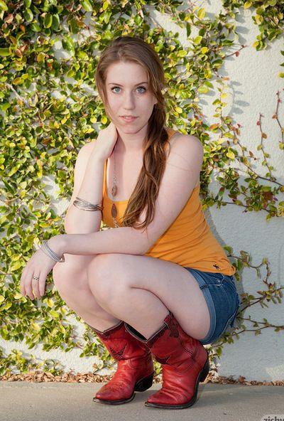 Olivia Pelton