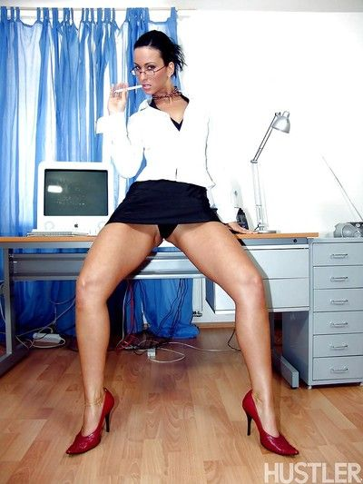 MILF pornstar Simone Style sucking cock and taking anal sex in office