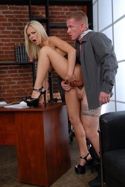 Hot blonde Bree Olson with killer big tits removes her white blouse and gets stuffed.