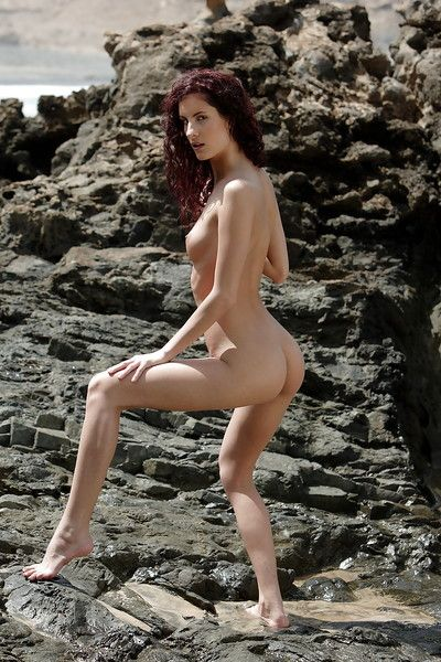 Glamorous slender babe pornstar shows her tender butt outdoor