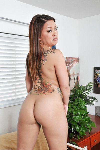Close up posing scene of an astounding amateur Asian babe Miya