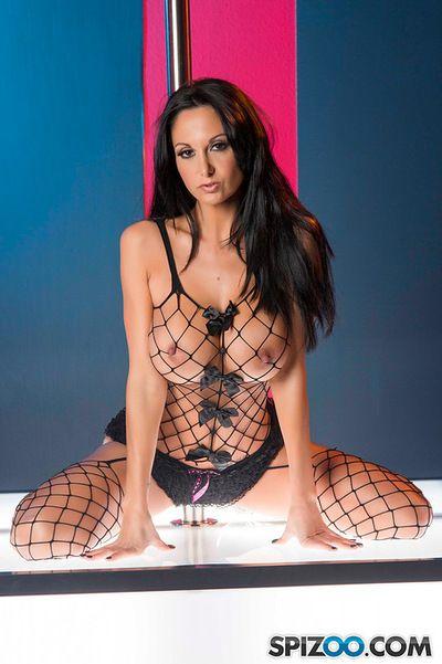 busty Striptizci sürmek Sabit Üzerinde bir güçlü horoz sırasında Hardcore porno Sahne