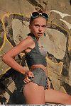 şehvetli euro genç Milena D Seviyor gösterilen kapalı onu sıkı sıska vücut