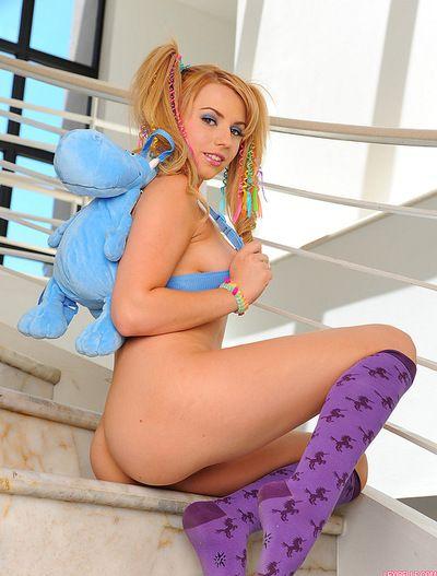 Busty fairy slutty teen enjoys giving nasty solo posing and masturbation