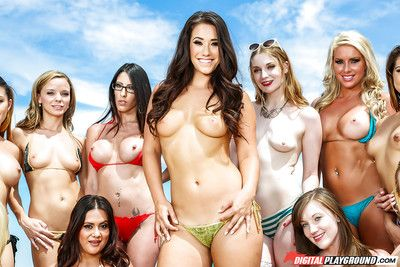 Get-together girl Eva Lovia gives blowjob by swimming pool whilst girlfriends watch