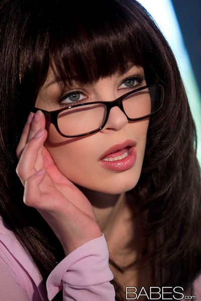 Teen with glasses feels awesome when deep fingering her tight little cunt
