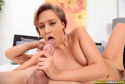Teen princess Bailey Bae obtains her curly cunt ate out and sucks wang