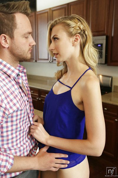 Youthful pornstar Alexa Grace sporting creampie after fucking action in kitchen