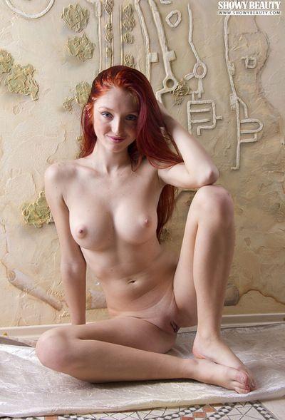 Desnudo pelirroja