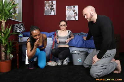 Infant black and white chicos Lucie Bee & Lola Marie blow and jerk a wang