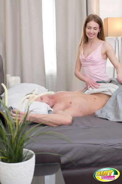 Barely legal darling sports a creampie later on seducing her stepfather one morning