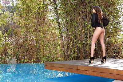 She feels a special rush when gal Cassidy Banks has intercourse she is outside