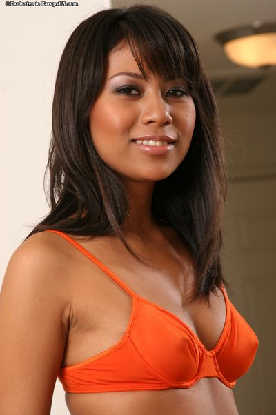 Compact Japanese gal Nyomi Marcela acquires uncovered and way with her legs apart on the mattress