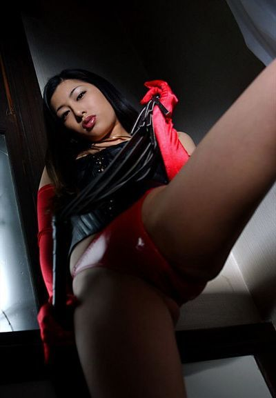 Avid Ran Asakawa in swarthy and red outfit is flashing the cherry looking nips