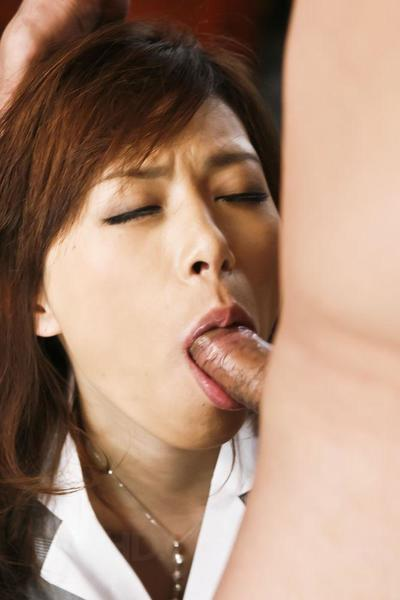 Clean Eastern Keito Miyazawa is obligatory to oral-stimulation banging submission by twofold stallions who bathroom..