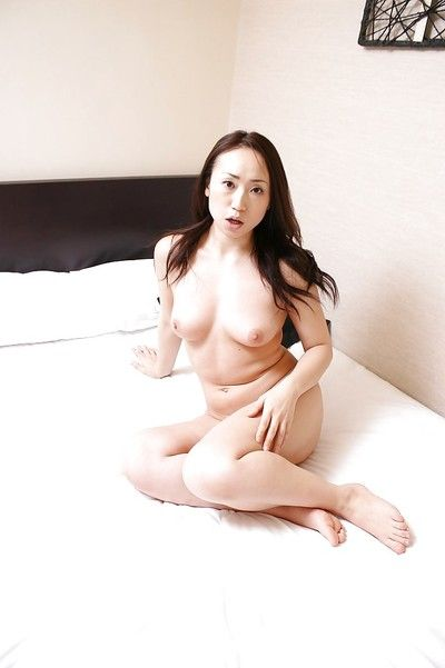Watertight brunette hair oriental milf Eriko showing furry cage of love