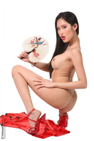 The moist and non-traditional Oriental lass Davon Kim nastily demonstrating the fur pie up short skirt
