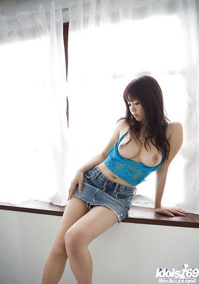 Breasty Chinese princess on high heels Mai Nadasaka erotic dance off her clad