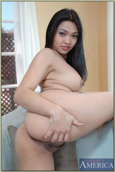 Hot Chinese princess Mika Tan erotic dance from underclothes and posing without clothes