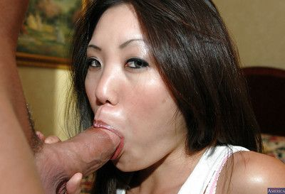 Close up hardcore banging with Chinese milf brunette hair Kaiya Lynn and her gentleman
