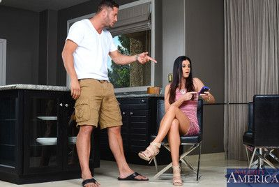 Naughty milf India Summer excites herself and then willingly fucks be imparted to murder piston