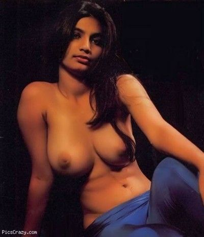 Rank indian gfs are posing with an increment of naked gallery 24