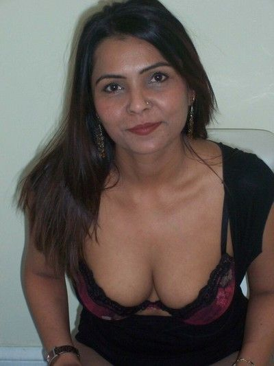Unconditional indian gfs are posing and bare gallery 8