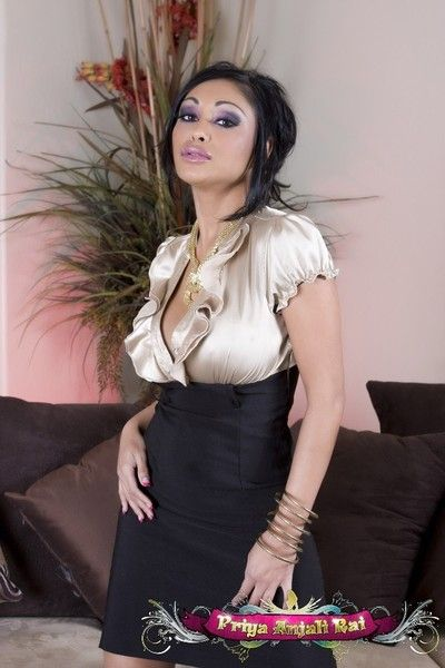 Busty indian pornstar, priya anjali rai, illusion fabulous in her skin-tight outfit