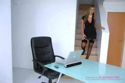Anaya leon and anjali kara drag inflate and thing embrace their boss in the office