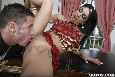 Slim indian MILF Persia Pele gets her pussy fragmentary and fucked tough