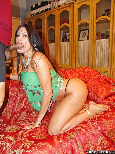 Bootylicious indian slattern gets her asshole drilled hardcore and creampied