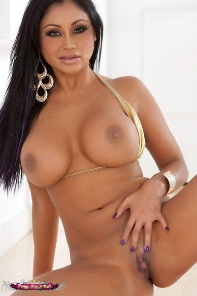 Priya rai posing bare flaunting her tits and broadcasting situation her snatch