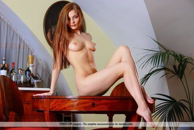 Cute redhead Indiana A shows she\