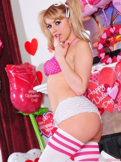 Pigtailed Lexi Dreamboat with reference to white stockings takes retire from her pink bra and white panties