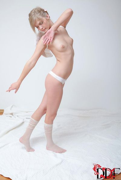 Audrey enjoys posing will not hear of stingy vag during discouraging and mammal solo masturbation chapter